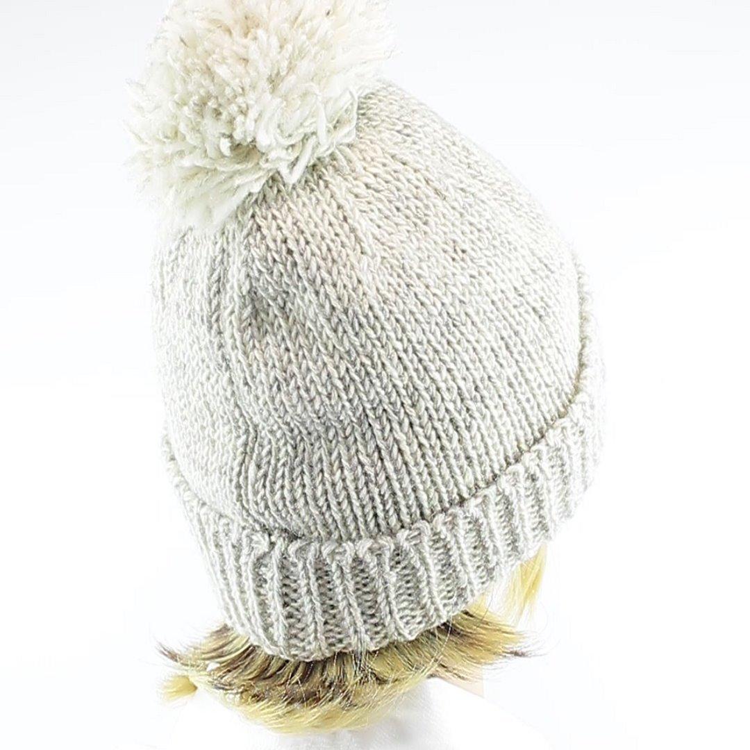 Foto 3: Winter-Wollmütze passt zu allen Naturtönen