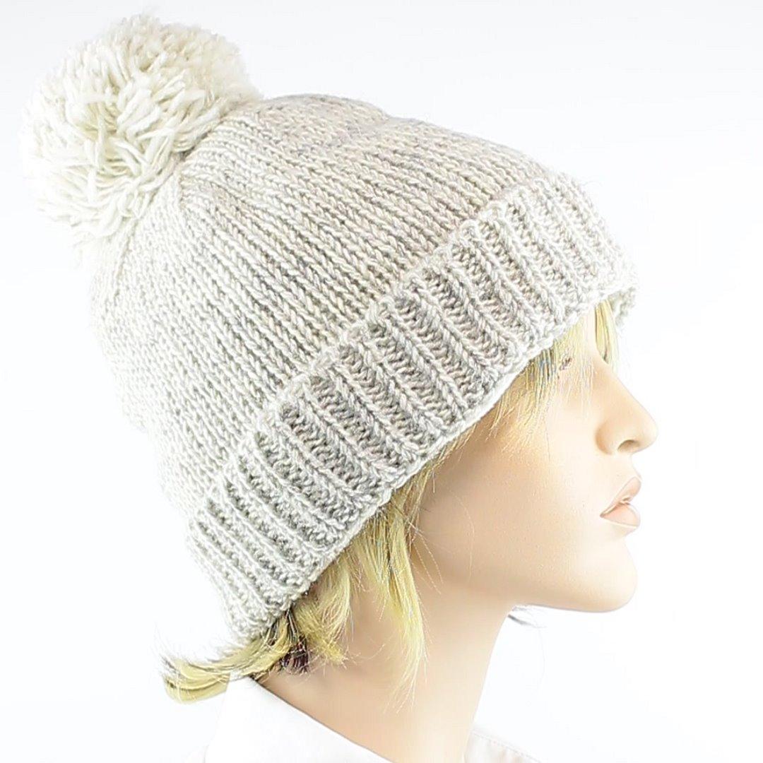Foto 2: Winter-Wollmütze passt zu allen Naturtönen