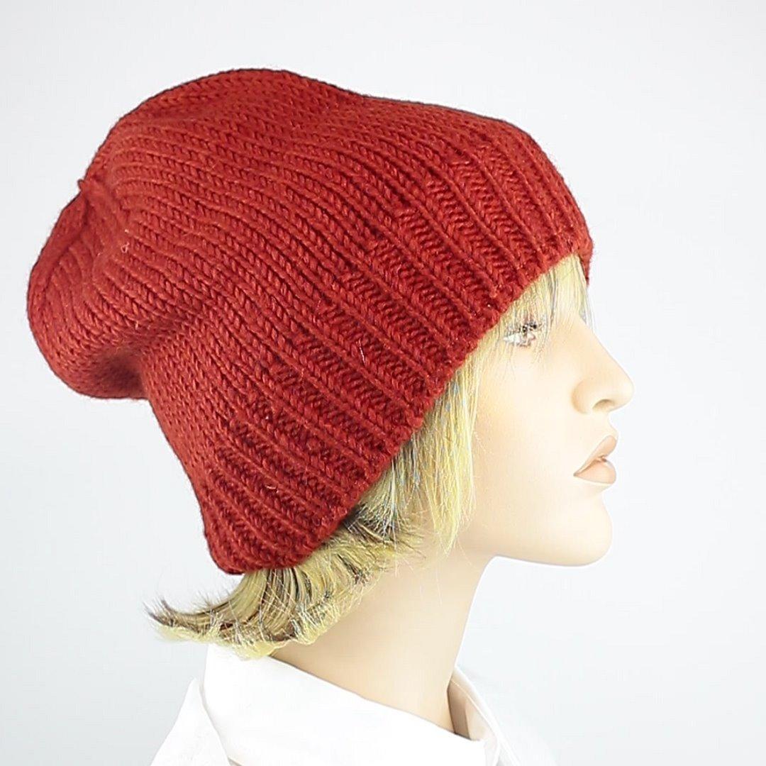 Foto 2: Beanie-Wollmütze in der Farbe Rot/Orange