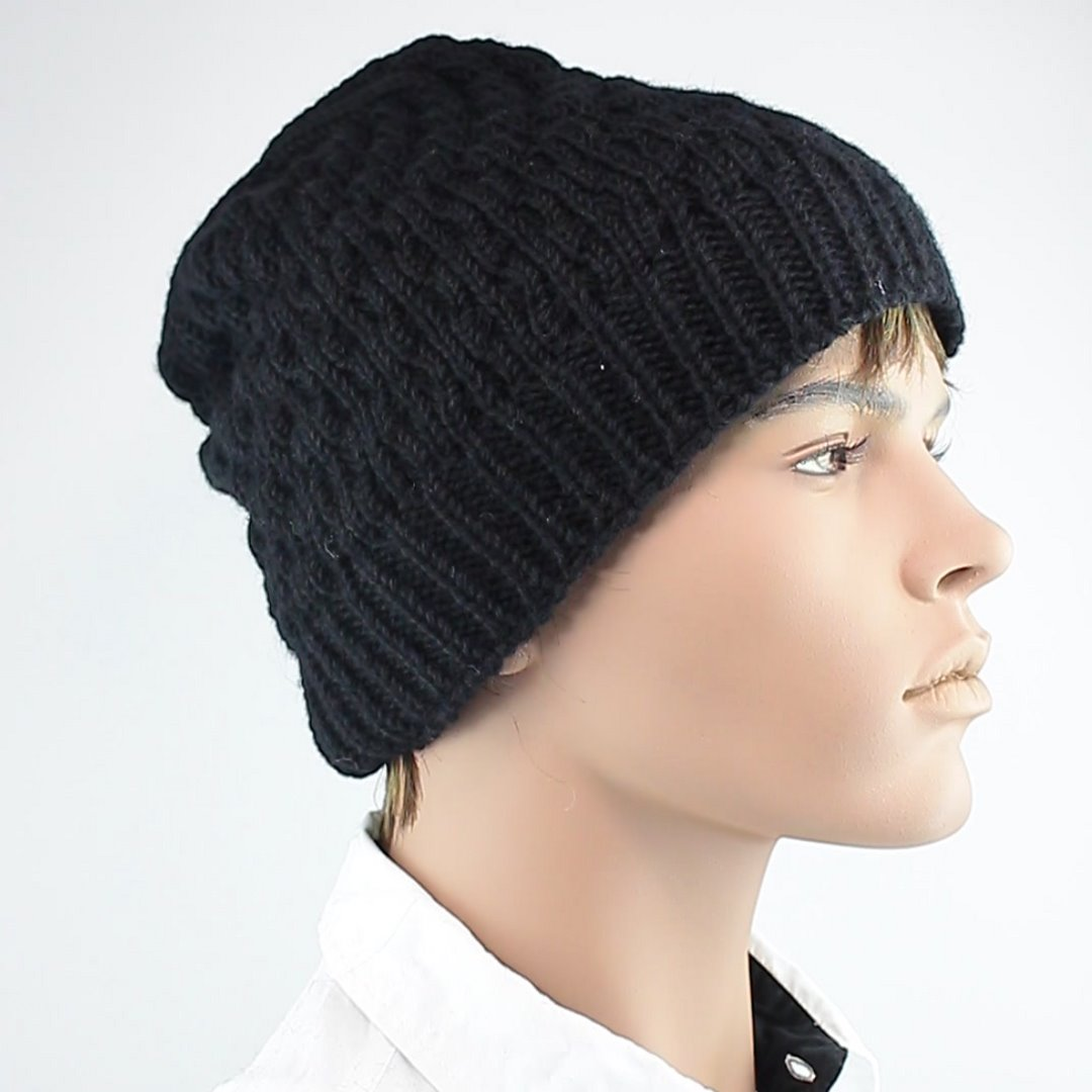 Foto 2: Schwarze Beanie-Wintermütze aus Wolle