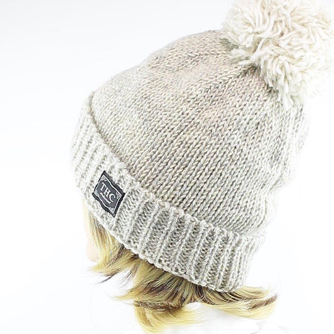 Foto 4: Winter-Wollmütze passt zu allen Naturtönen